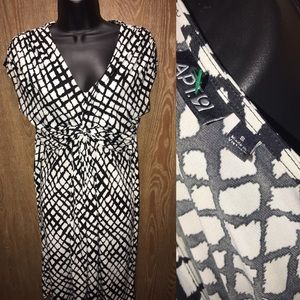 Black And White Size Small Apt 9 Dress